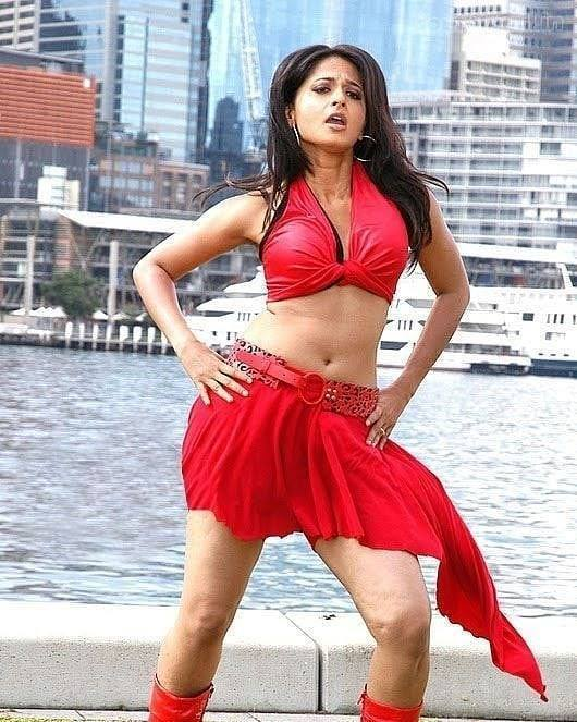 Anushka Shetty Looks Hot In This Picture